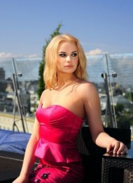 Amber, top Russian escort in Paris