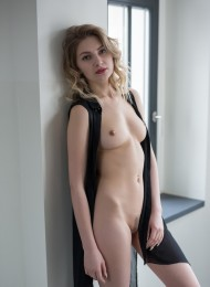 Glafira, top Russian escort in Paris