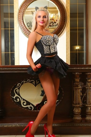 Vladislava, Russian escort who offers company in Florence (Florencia)